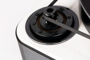 afbeelding-miracord-90-wit-detail-aandrijving